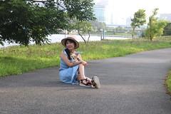 Tokyo Neato Summer Light (emotiroi auranaut) Tags: woman lady dog pretty beauty beautiful cute path japan tokyo