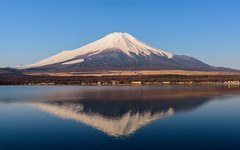 A quiet morning (Flutechill) Tags: mtfuji lakeyamanaka japan mountain volcano yamanashiprefecture lake nature snow outdoors landscape scenics sky mountainpeak asia blue famousplace fuji winter reflection mountfuji fujimount fujisan travel traveldestinations yamanakako morning skyline landmark