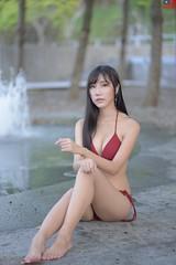 陳亮穎 (玩家) Tags: 2019 台灣 台北 自來水博物館 人像 外拍 正妹 泳裝 比基尼 模特兒 陳亮穎 戶外 定焦 無後製 無修圖 taiwan taipei portrait glamour model girl female bikini outdoor d610 85mm prime