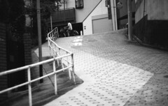 190713_NikonFG20_015 (Matsui Hiroyuki) Tags: nikonfg20 nikonainikkor85mmf20 orientalnewseagulliso100 epsongtx8203200dpi