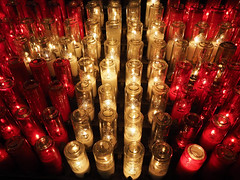 Candles (DaveKav) Tags: light candles candle lightacandle red white reflection lights remember mourning burning remembrance mourn montréal basilica notredame notredamebasilica basilique basiliquenotredamedemontréal canada church worship montreal prayer religion peace peaceful
