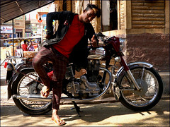 Royal Enfield (Christian Lagat) Tags: india jaisalmer rajasthan inde sonynex6 man pose young motorbike moto homme royalenfield jeune