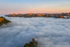 DJI_0091 (www.figedansletemps.com) Tags: montagne mountain alpes alps france pyrénées clouds nuages merdenuages picbédéra aiguilledumidi tourmalet sunset coucherdesoleil dji mavic drone