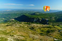 RU_201908_Parapente_056_x (boleroplus) Tags: gourdon horizontal montagnes parapente paysage vueaerienne provencealpescotedazur france