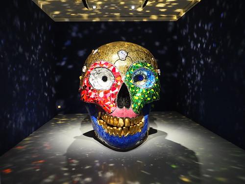 Skull, Meditation Room (1990) v. Niki de Saint Phalle