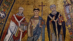 Pope Innocent II, St Lawrence and St Callixtus (█ Slices of Light █▀ ▀ ▀) Tags: dome apse pope saint lawrence innocent ii callixtus century saints 12th santa old italy rome church italia catholic christ maria basilica sony madonna mary jesus christian trastevere virgin classical oldest italie byzantine blessed popes 羅馬 意大利 enthroned 圣母 a6500 耶稣基督 圣母大殿 sel18135 越台伯河的圣母大殿 mosaic 教堂 教會