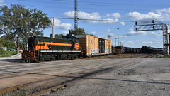 Lightning Stripes (Robby Gragg) Tags: ihb sw1500 1512 east chicago