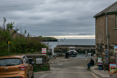 No Where to Stop (Jocey K) Tags: triptoukanderoupe2019 june england uk cornwall lizardpeninsula buildings architecture cars mullioncove porthmellin people sky clouds boats sea water seaside hills signs plants trees