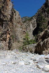 Samaria Gorge / Ждрелото Самария (mitko_denev) Tags: kreta griechenland крит гърция κρήτη crete greece hellas ελλάσ ελλάδα island samaria gorge samariagorge unesco tenativelist nationalpark φαράγγισαμαριάσ worldsbiospherereserve biospherereserve самария ждрело националенпарк юнеско резерват σαμαριά rocks скали nature природа