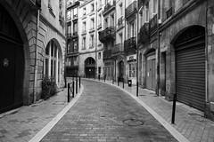 Bordeaux 2019 IMG_2986.CR2 (Daniel Hischer) Tags: architecture blackwhite blackandwhite bordeaux city france oldtown