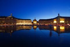 Bordeaux 2019 IMG_2978.CR2 (Daniel Hischer) Tags: architecture bordeaux city dusk france longexposure nightlights nightphotography placedelabourse watermirror