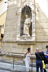 Statues in Florence, Italy (SpirosK photography) Tags: florence firenze italy italia ιταλία φλωρεντία nikon travel travellog travelling statue sculpture