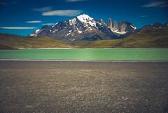 (Un día más) (.KiLTЯo.) Tags: kiltro cl chile torresdelpaine patagonia mountain lake water landscape nationalpark magallanes color colour nature sand emptiness south snow