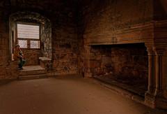 Scotland / Craigmillar / Craigmillar Castle /  Interior view (Pantchoa) Tags: ecosse édimbourg craigmillar château intérieur cheminée salle fenêtre histoire
