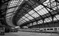 Brighton Station (davids pix) Tags: brighton station arch roof architecture railway lbscr southern patent shaft axeltree building train shed monochrome blackandwhite 2019 01082019