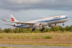 B-5957 Airbus A330-343 Air China (Andreas Eriksson - VstPic) Tags: b5957 airbus a330343 air china