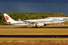 B-5977 Airbus A330-343 Air China (Andreas Eriksson - VstPic) Tags: b5977 airbus a330343 air china