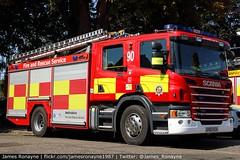 AV63 KZA | Scania P280 (Angloco) | Bedfordshire Fire & Rescue Service (james.ronayne) Tags: av63 kza scania p280 angoloco bedfordshire fire rescue service engine emergency luton community station open day