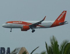 G-UZHI on final approach for RWY 03 (Ibirdball) Tags: easyjet airbus a320251n guzhi lanzarotearrecife ace gcrr