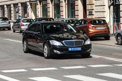 Poland CD (Qatar) - Mercedes-Benz S-Class W221 (PrincepsLS) Tags: poland polish diplomatic license palte warsaw spotting 111 qatar mercedesbenz sclass w221