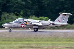 1130 / Austrian Air Force / Saab 105Oe (Charles Cunliffe) Tags: canon7dmkii aviation montdemarsanairbase lfbm austrianairforce österreichischeluftstreitkräfte saab105 saab105oe 1130
