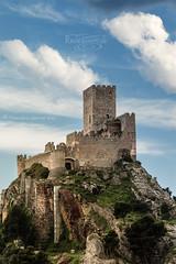 """Castillo de Almansa"" / ""Almansa Castle"" (Albacete, Spain) (Recesvintus) Tags: almansa albacete spain españa castle castillo fortress fortaleza medieval architecture arquitectura recesvintus military militar historia history"