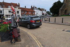 The Dutch Plate (MonkeysBirthday) Tags: car automobile bmw 2series 2010s battle eastsussex scarecrow street buildings ancient xz833s activetourer f45 mpv peoplecarrier minivan german