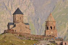 Gergeti (estibalizguinea2) Tags: caucaso georgia kazbegi naturaleza church nature