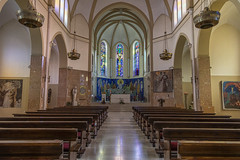 San Antonio de Padua (José M. Arboleda) Tags: arquitectura iglesia católica antonio padua religión altar vitral banca asiento sarajevo bosniayherzegovina canon eos 5d markiv ef24105mmf4lisusm josémarboledac