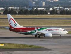 Royal Air Maroc                                       Boeing 737-700                                  CN-RNL (Flame1958) Tags: royalairmaroc royalairmarocb737 ramb737 boeing737 boeing b737 737 boeing737700 b737700 b7377 paris cdg pariscdg parischarlesdegaulle parisairport cdgairport charlesdegaulleairport 0819 2019 220819 8234