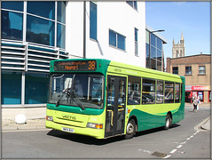 Southern Vectis 3326 (Jason 87030) Tags: 3326 dennis dart slf pointer green swb newport iow island isle wight southern vectis livery 38 service route august 2019 holiday break vacation bus transport fleet buses wheels station uk england news latest