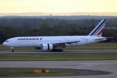 F-GSPB (JBoulin94) Tags: fgspb airfrance air france boeing 777200 washington dulles international airport iad kiad usa virginia va john boulin