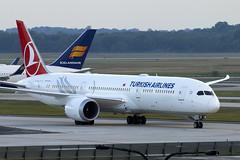 TC-LLB (JBoulin94) Tags: tcllb turkish airlines boeing 7879 dreamliner washington dulles international airport iad kiad usa virginia va john boulin