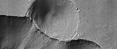 Crater on the Edge, variant (sjrankin) Tags: 30august2019 edited nasa mars marsreconnaissanceorbiter grayscale esp0189401680 crater valley edge 3792mb huge caprichasma