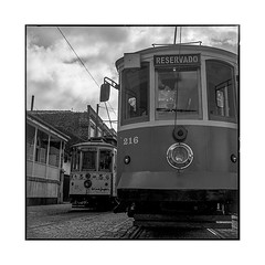 cable cars • porto, portugal • 2019 (lem's) Tags: cable cars tramways rails street rue porto portugal rolleiflex t
