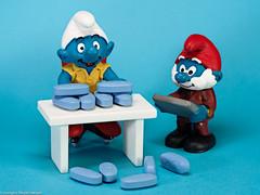 Looking Close on Friday - Blue Pills (J.Weyerhäuser) Tags: blue fun lookingcloseonfriday pills schlümpfe smurfs