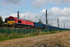 Red & Blue (paul_braybrook) Tags: class66 dbc freight copmanthorpe york northyorkshire railway trains