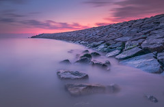 Twilight at Espinho, Portugal (paulosilva3) Tags: sunset sunrise sea colors purple beache nature canon 5dmkiv lee filters fstop gear workshops phototours rocks longexpos big stopper