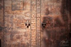 Barcelona doorway (Andrew Teece) Tags: barcelona catalonia catalan doorway pattern texture