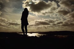 Fjällbacka (Pensiero) Tags: infinito infinite donna woman silhouette nuvole mare sea svezia sweden fjällbacka clouds sky
