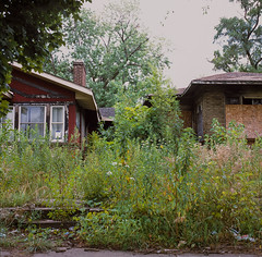 Abandoned Houses in Gary Indiana (shot on film) (rantropolis) Tags: abandonedhouse abandoned gary indiana houses fuji fujifilm 120format 120 urbex urbanexploration hasselblad hasselblad500cm slide film