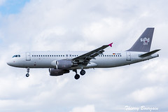 [ORY] Sundair Airbus A320-200 _ D-ASEE (thibou1) Tags: thierrybourgain ory lfpo orly spotting aircraft airplane nikon d810 tamron sigma sundair airbus airbusa320 a320214 landing dasee aigleazur