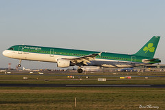 Aer Lingus A321-200 EI-CPG (birrlad) Tags: dublin dub international airport ireland aircraft aviation airplane airplanes airline airliner airways airlines arrival arriving approach finals landing runway sunlight sunset evening aerlingus shamrock airbus a321 a321200 a321211 eicpg