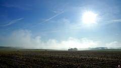 PAYSAGES DE PICARDIE 125 (aittouarsalain) Tags: picardie paysage landscape champ labour brume ciel soleil aube aurore levant