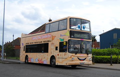 Sandy the Seasider - 17676 (Hesterjenna Photography) Tags: t376fug piw4456 bus psv coach