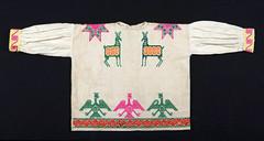 Huichol Blouse Blusa Mexico Textiles (Teyacapan) Tags: blusas blouses mexican textiles clothing ropa wixarika huichol embroidery deer venado