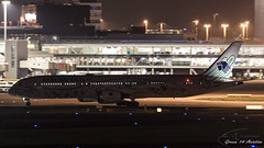 AeroMexico B787 (Ramon Kok) Tags: holland amsterdam airplane am airport nightshot aircraft aviation nederland thenetherlands airline airways airlines schiphol ams amx quetzalcoatl noordholland schipholairport eham amsterdamairportschiphol aeroméxico avgeek luchthavenschiphol avporn xaadl