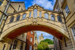 Bridge of Sighs - Oxford, England (achinthaMB) Tags: oxford university bridge sigh england unitedkingdom uk building oldbuilding oxforduniversity bridgeofsigh campus
