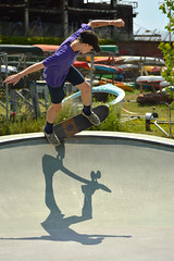 Flying past on the curve (radargeek) Tags: burlington vt vermont 2019 july skatepark skateboard shadow kid child andyadogwilliamsskatepark