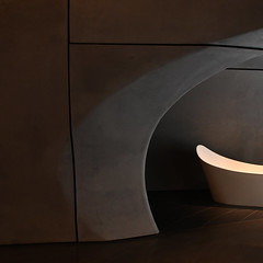 Bubbles not included (Arni J.M.) Tags: architecture interior bubblesnotincluded gallery colourprocessed dark lines wall bath curves zahahadid rocagallery london england uk